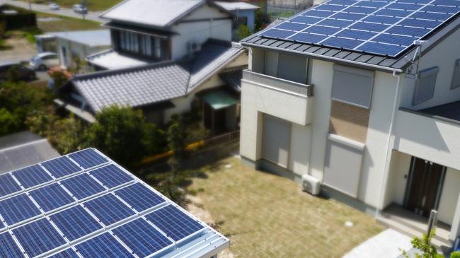 ソーラーパネルを導入した住宅 静岡県磐田市